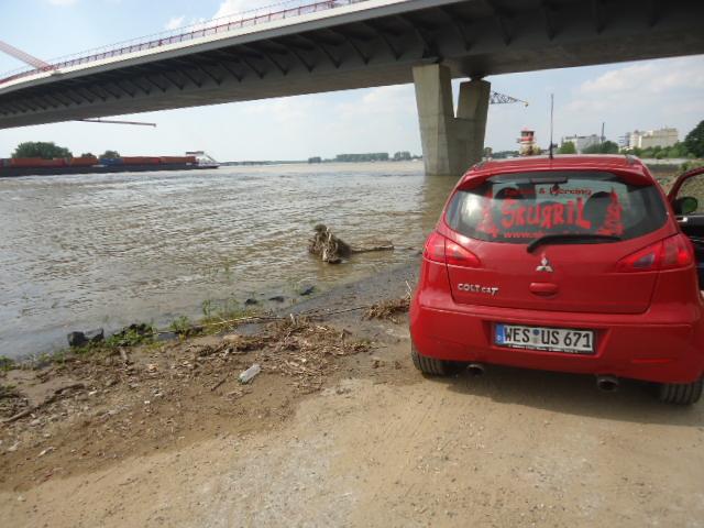 Hochwasser by kamikaze1366 in Colt CZT